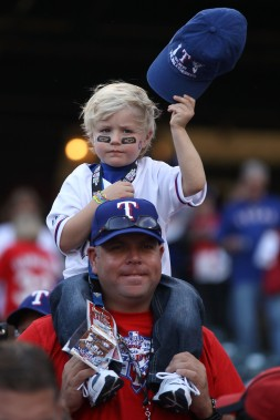 San Francisco Giants v Texas Rangers, Game 5